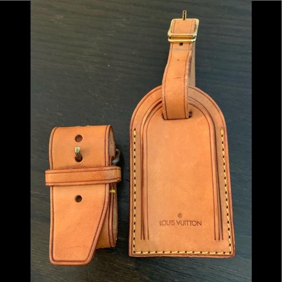 Louis Vuitton Handbags - Louis Vuitton Luggage Tag & Powanie in Vachetta